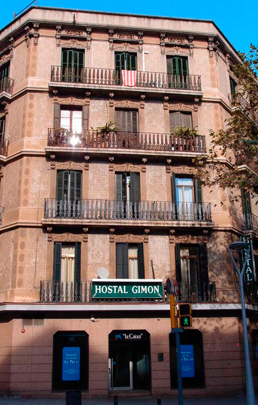 Hostal gimon hostal gimon for Hostal familiar barcelona